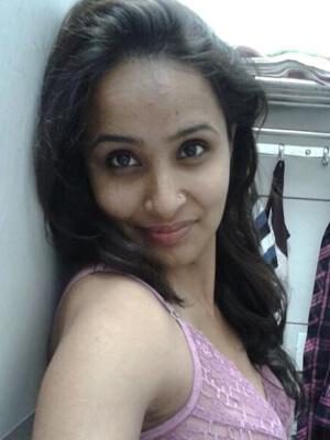 Choot rasili meri choot rasili - Indian Adult Sex Stories